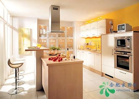 开放式厨房装修效果图:吧台时尚设计